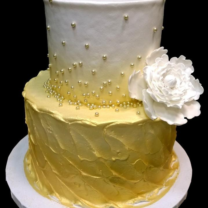 gold luster spatula icing with dragees & Gumpaste peony