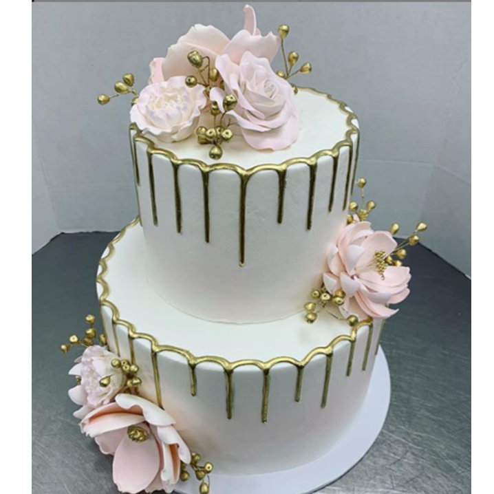 gold drip with gumpaste flowers